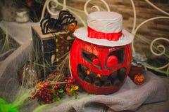 Förbluffa halloween pumpa i röd färg Royaltyfria Bilder