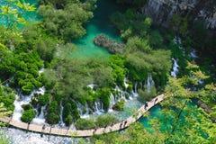 Förbluffa Plitvice sjönationalparken, Kroatien Arkivfoto