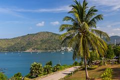 Förbluffa sikt från Promthep udde på Phuket arkivbilder