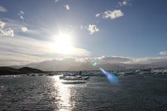 Förbluffa stycken av isisflak Royaltyfria Bilder