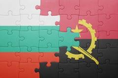 förbrylla med nationsflaggan av Angola och Bulgarien Royaltyfria Foton
