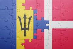 förbrylla med nationsflaggan av Barbados och Danmark Fotografering för Bildbyråer