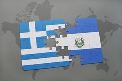 förbrylla med nationsflaggan av Grekland och El Salvador på en världskartabakgrund Royaltyfri Fotografi
