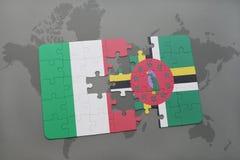förbrylla med nationsflaggan av Italien och Dominica på en världskartabakgrund Arkivfoto