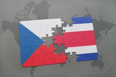 förbrylla med nationsflaggan av Tjeckien och Costa Rica på en världskarta stock illustrationer