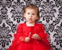 Förbryllat barn royaltyfria foton