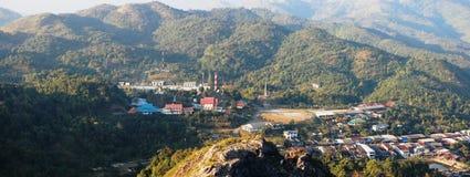 Förbud Pilok i den läderremPha Phum nationalparken på Kanchanaburi Thailand Arkivfoton