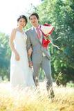 förbunde utomhus- bröllop arkivfoton