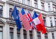 förbundna flaggor Arkivbild