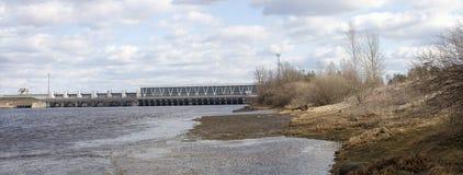 Fördämning av vattenkraftväxten Arkivbild