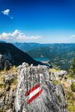 Fördämning Perucac på en Drina flod hydroelektriskt arkivfoto