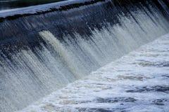 Fördämningvattenfall Royaltyfri Foto