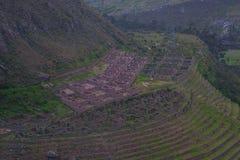 Fördärva av Incalantbrukterrasser på Inca Trail till Machu Picchu peru fotografering för bildbyråer