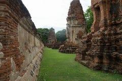 Fördärva i tempelkomplexet vilken Maha That Royaltyfria Foton