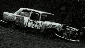 fördärvad bil Arkivbilder