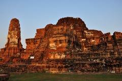 fördärvad forntida pagoda Arkivbild
