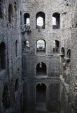 Fördärvar av århundrade för th för Rochester slott 12 Slotten och fördärvar av befästningar Kent sydostliga England Fotografering för Bildbyråer