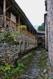 Fördärvar av Agios Dimitrios Monastery, under monteringen Olympos, Grekland Arkivfoton