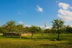Fördärvar av Anuradhapuraen och Ruwanwelien Dagoba, Sri Lanka Arkivfoto