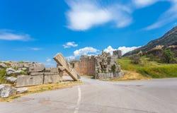 Fördärvar av Arcadian gete i forntida Messina royaltyfri fotografi
