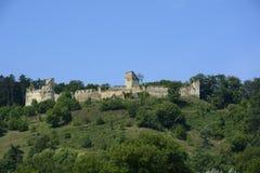 Fördärvar av bondaktig fästning från Saschiz, Transylvania, Rumänien Arkivfoton