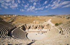 Fördärvar av den berömda arkeologiska staden av Jerash i Jordanien Royaltyfri Bild