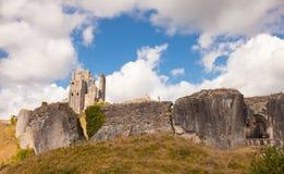 Fördärvar av den Corfe slotten, Dorset, England Fotografering för Bildbyråer