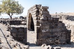 Fördärvar av den forntida hebréiska staden Korazim Horazin, Khirbet Karazeh som förstörs av en jordskalv i den 4th århundradeANNO Royaltyfri Bild