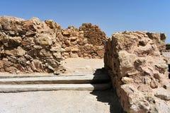 Fördärvar av den forntida Masadaen, det sydliga området, Israel royaltyfri foto
