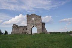 Fördärvar av den forntida slotten i Ukraina Arkivfoto