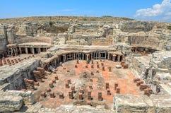Fördärvar av den forntida staden Kourion på Cypern Arkivbild