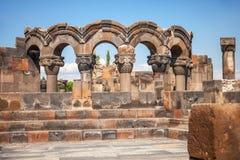Fördärvar av den forntida templet av Zvartnots nära Yerevan, Armenien Arkivbild
