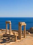 Fördärvar av den forntida templet. Lindos. Rhodes ö. Grekland Arkivfoton