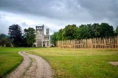 Fördärvar av den Jumieges abbotskloster, Frankrike Royaltyfria Foton