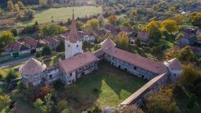 Fördärvar av den medeltida slotten Bethlen, Racos- Rumänien royaltyfria bilder