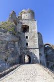 Fördärvar av den medeltida slotten för det 14th århundradet, den Ogrodzieniec slotten, Polen Arkivbilder