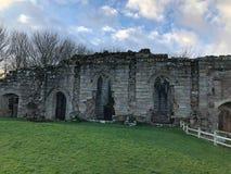 Fördärvar av den 14th århundradeSpofforth slotten Yorkshire England arkivbilder