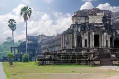 Fördärvar av det Angkor Thom tempelet Arkivbild