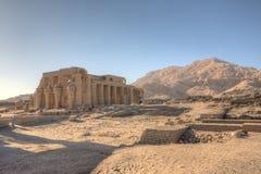 Fördärvar av det Ramesseum tempelet i Luxor Fotografering för Bildbyråer