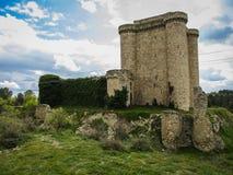 Fördärvar av en slott i Sesena, Castilla la Mancha, Spanien Fotografering för Bildbyråer