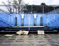 Fördärvar av en stads- pöl i Trieste arkivbilder