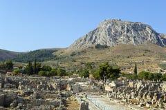 Fördärvar av forntida Corinth Arkivfoton