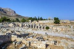 Fördärvar av forntida Corinth Arkivbilder
