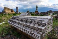 Fördärvar av forntida Pompeii, den romerska staden som förstörs av den Vesuvius vulkan royaltyfria bilder