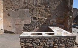 Fördärvar av forntida romersk stad av Pompeii Royaltyfria Bilder