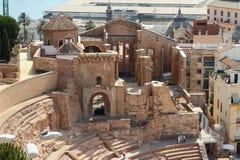 Fördärvar av forntida romersk teater och gammal domkyrka cartagena spain Royaltyfri Fotografi