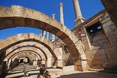 Fördärvar av forntida Smyrna i den Izmir staden, Turkiet arkivfoto