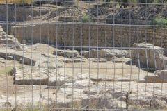 Fördärvar av forntida stad av bibliska Ashkelon i Israel arkivfoton