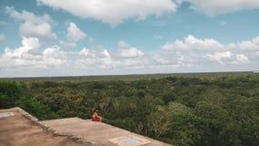 Fördärvar av forntida stad av Uxmal royaltyfri bild