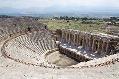 Fördärvar av forntida teater i Hierapolis, Turkiet Royaltyfria Bilder